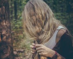 ¿Cómo evitar la caída de pelo esta primavera?