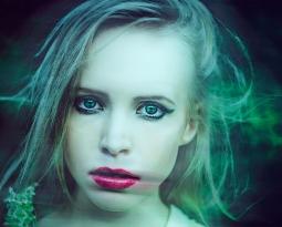 Estrés y depresión, causas de la caída del pelo